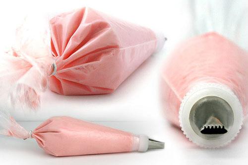 تزيين الأكل فنّ Decorating-bag_0.jpg